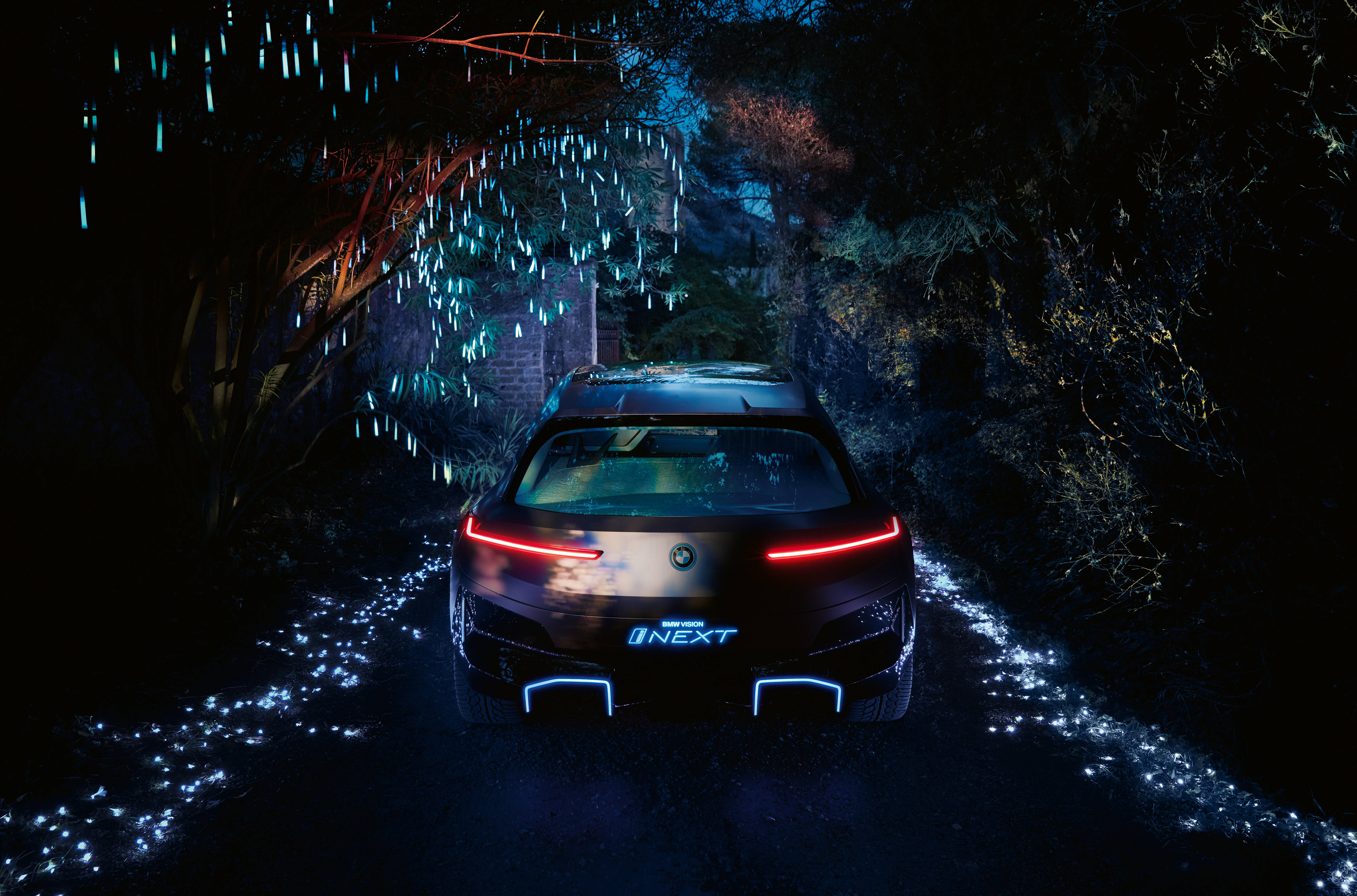 Bmw I Exhibition Bmw Vision Inext As A Symbol Of A New Era
